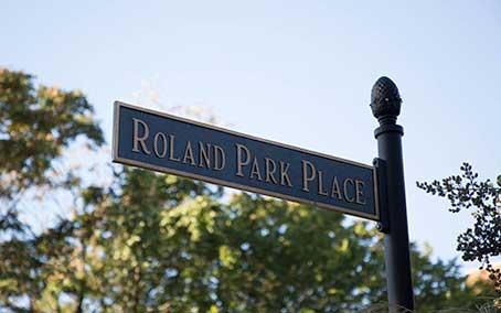 Roland Park Place Street Sign